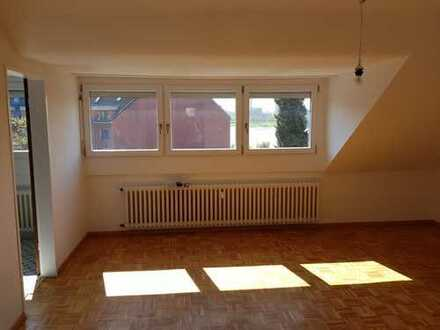 Ansprechende 2-Zimmer-Wohnung mit Rheinblick