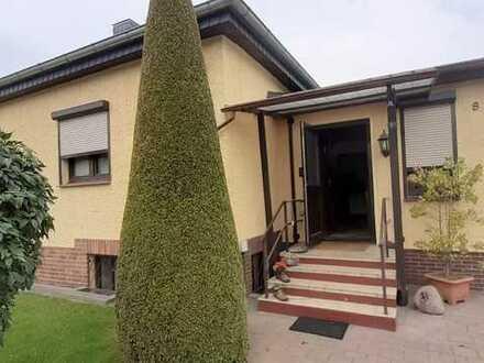 Schönes Haus mit 2 Zimmern + 2 Zimmer im Keller (Erstbezug nach Sanierung) Blankenfelde-Mahlow