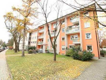 3-Zimmer-Wohnung mit West-Balkon in familienfreundlicher und ruhiger Wohngegend in München-Moosach!