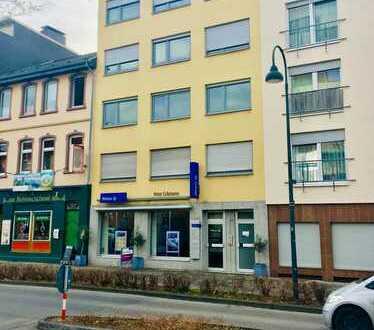 Ladengeschäft / Büro direkt an der Innenstadt von Leverkusen mit Parkplatz