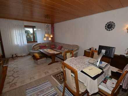 Gepflegte, bezugsfreie 2,5-Zimmer-Wohnung im 1. Obergeschoss in Bad Schussenried