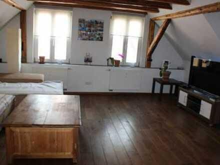 Dachgeschosswohnung im Herzen von Seligenstadt