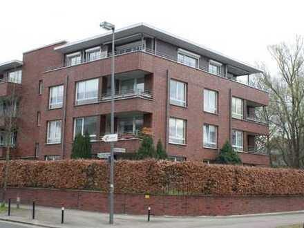 Schöne drei Zimmer Wohnung in Bremen, Lehe mit Gartenanteil