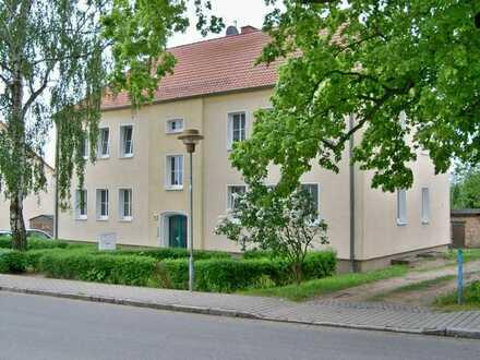 Sehr schön gelegene 2R-Wohnung in Ivenack!