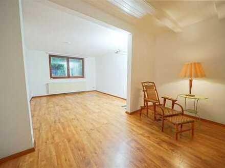 Schöne 2-Zimmer Single Wohnung in der Neustadt
