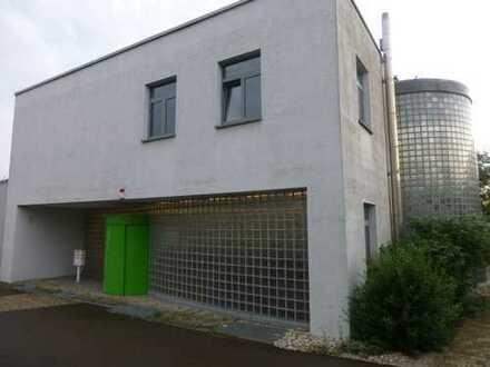 Schönes großes Büro/Praxis etc mit, HMS und 6x Stellplatz in 71139 Ehningen