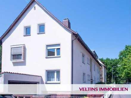 Rödelheim: Attraktives Dreiparteienhaus in begehrter Wohnlage nahe Brentanopark in ruhiger Sackgasse