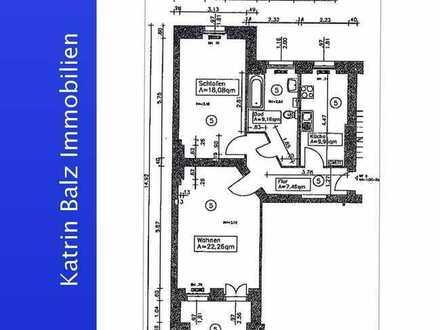 BORSIGWALDE: Vermietete 2-Zimmerwohnung im 1.Obergeschoss eines Altbaus