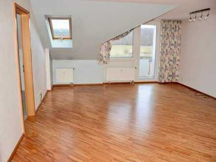 Schöne 3 ½ Zimmer-DG-Wohnung in Böblingen