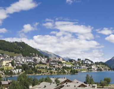 Exklusive Zweitwohnung mit Seesicht in St. Moritz