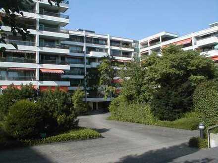 Helle drei Zimmer Wohnung in ruhiger Anliegerstraße