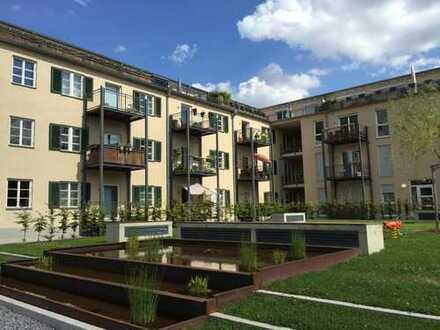 Nette 2 ZKB Wohnung mit Loggia in kernsaniertem Denkmalschutzgebäude