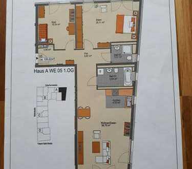 Helle, geräumige 3-Zimmer-Wohnung mit Balkon und EBK, München