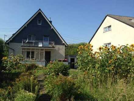 Schöne, helle 3 Zimmerwohnung für Gartenliebhaber in gepflegtem Zweifamilienhaus in Alfter