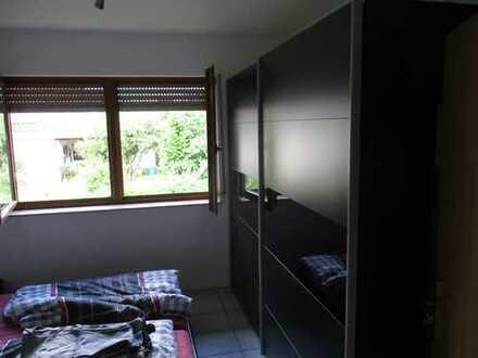 Gepflegte 2-Zimmer-Wohnung mit Balkon und EBK in Miltenberg (Kreis)