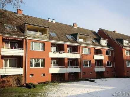 2-Zimmer Wohnung mit Loggia in Niendorf - renovierungsbedürftig