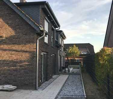 Schöne Doppelhaushälfte mit (138 qm Wfl), 4 Zimmer zur Miete in Dollbergen