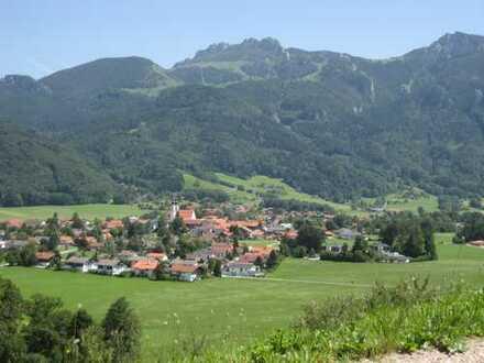 Bereits reserviert: Ihre Immobilie in Aschau: Wohnhaus in einem wunderschönem Ambiente...