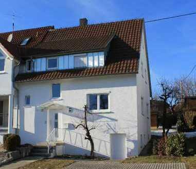 Schönes, geräumiges Haus mit drei Zimmern in Altenriet, Kreis Esslingen