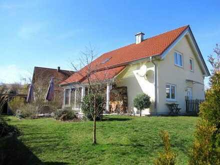 Ch.Schülke Immobilien-Schönes EFH für zwei Generationen in ruhiger Lage