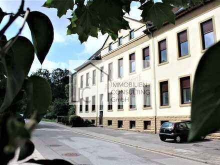 Ein Wohntraum im Grünen - Großzügige Eigentumswohnung mit 4 Zimmern (Objekt-Nr. 2046)