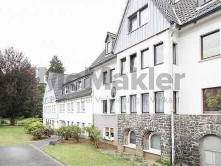 Ideal für Familien! Modernisierte 4-Zimmer-Wohnung mit großem Garten in ruhiger und grüner Wohnlage!