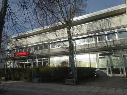 Büro / Praxis in Solln - 3 großzügige Räume - Renovierung nach Vereinbarung - Provisionsfrei