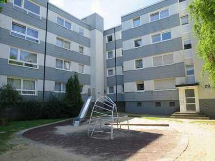 Helle Wohnung mit guter Anbindung und Balkon
