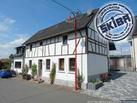 Gemütliches Fachwerkhaus im Eifelhöhenort Barweiler am Nürburgring
