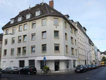 Schön renovierte Wohnung in Lindenthal