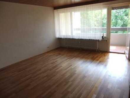 Ruhig und doch zentral - 3,5-Zimmer-Wohnung mit TG-Stellplatz in Ditzingen (Breslauer Str.)