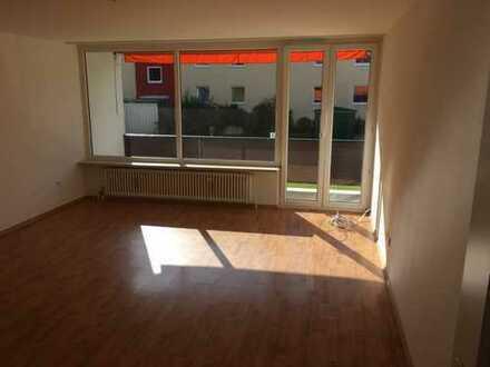 Gut geschnittene, helle und geräumige 2-Zi-Wohnung m Balkon in Weilheim