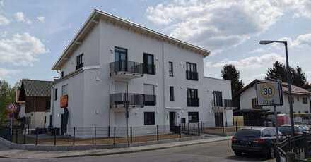 HERAUSRAGEND & BESONDERS attraktive, großräumige 3 Zi-Wohnung, 2 Balkone, Lift und TG-Stellplatz