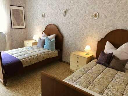 voll möblierte 2-Zimmer-Wohnung mit EBK in Käfertal für 1-4 Bewohner