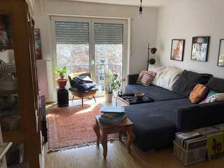 Freundliche 2-Zimmer-Wohnung mit Balkon und Einbauküche in Mannheim