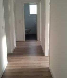 Schöne, in 2018 renovierte, 3-Zimmer Wohnung in Dortmund-Berghofen (Ehmsenstr.)