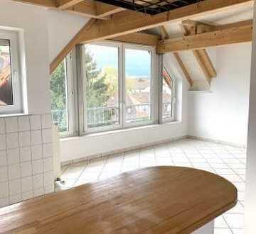 Helle und ruhige 3 ZKB Wohnung mit guter Anbindung