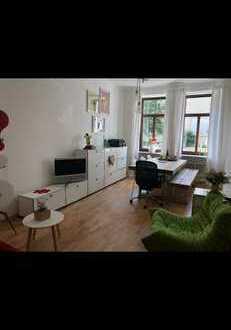 Stilvolle, neuwertige 2-Zimmer-EG-Wohnung mit Einbauküche in Maxvorstadt, München