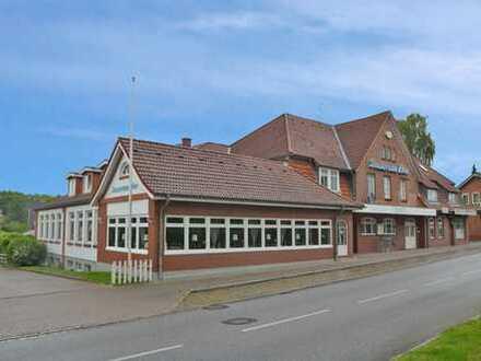 Alteingesessener Landgasthof mit vier Wohnungen im Herzen vom Kreis Plön