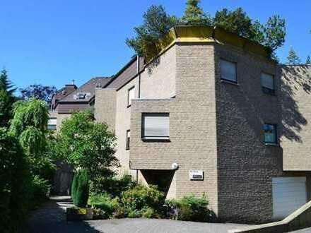 2 ZKB barrierefrei, mit großer Dachterrasse in Citylage inkl. Küche und Garage