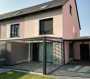 Neuwertiges Reihenendhaus mit fünf Zimmern in Recklinghausen