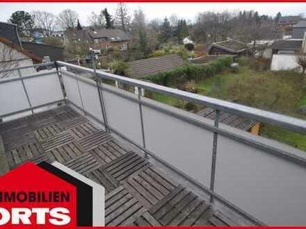 ORTS*** Schöne 2-Zimmer-Wohnung mit sep. Spitzboden & Balkon im 2-Familienhaus***