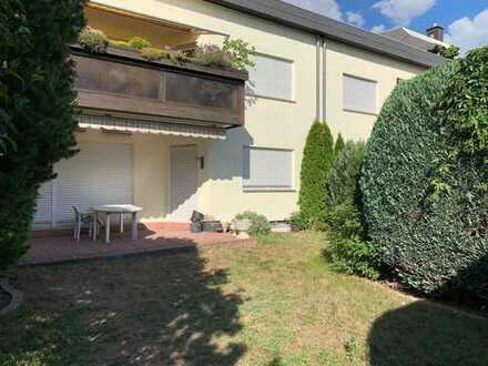 von privat: Helle 4,5-Zi-Maisonette-Wohnung mit alleiniger Gartenbenutzung