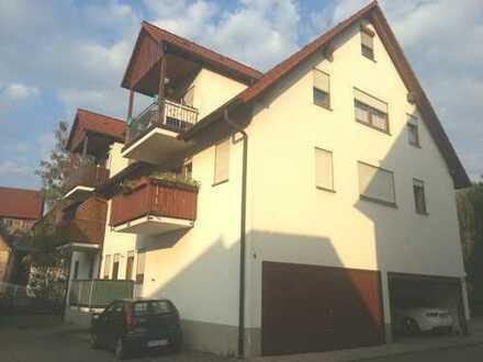 Sonnige 2-Zimmer-Wohnung mit Balkon, neuer EBK im Zentrum von Obersontheim