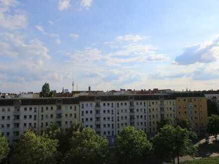 PARAGON - helle 2-Zimmerwohnung mit Blick über Prenzlberg