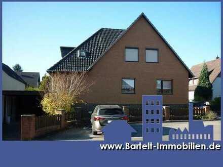 Elze OT: Großzügiges Zweifamilienhaus mit Vollkeller