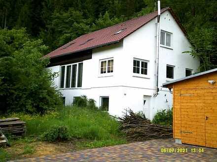 Attraktive 2-Zimmer-DG-Wohnung mit EBK in Horb - Mühringen