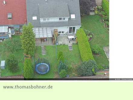 Schöne gepflegte Doppelhaushälfte im beliebten Wohnort Königsbach