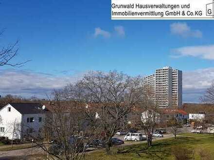 ** hell & zentral ** 3 Zi.-Wohnung mit Balkon in zentraler und ruhiger Lage in S-Fasanenhof!