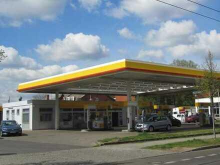 Zur Angebotsübersicht 57 m² Service Halle (KFZ-Werkstatt) neben Tankstelle zu vermieten